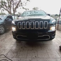 Vente de voiture d'occasion Jeep Cherokee 2015 automatique